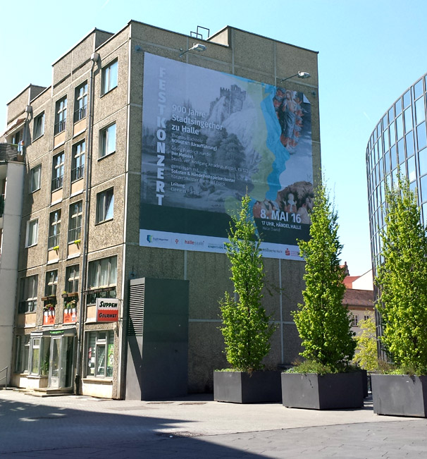 Werbung am Marktplatz